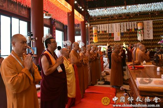 """四天四地八寺院 中国佛教代表团访问韩国续结"""""""