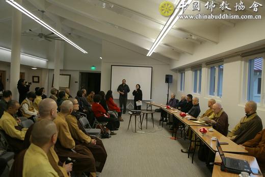 10、中国佛教代表团与万佛城和法界佛教大学代表举行座谈.jpg
